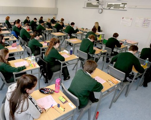 Irish Mirror article about Richard Hogan:                     'Top therapist tells parents how to keep calm and encourage their kids ahead of Junior and Leaving Cert'